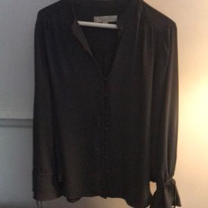 Blouse with tie, flare sleeves